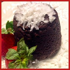 CHOCOLATE SHAKEOLOGY MUG CAKE Now you can have your CAKE and EAT it too! A simple, easy way to enjoy a delicious protein packed meal. Clean eating at it's best. #shakeology #protein #proteinrecipes
