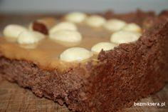 #Mazurek to jedno z bardziej znanych tradycyjnych ciast pieczonych w okresie Świąt Wielkiejnocy. Tym razem poleca #przepis na mazurek #kajmakowy
