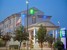 College Station (TX) Holiday Inn Express Hotel & Suites College Station United States, North America Holiday Inn Express Hotel & Suites College Station is conveniently located in the popular University Park area. Offering a variety of facilities and services, the hotel provides all you need for a good night's sleep. Free Wi-Fi in all rooms, 24-hour front desk, facilities for disabled guests, airport transfer, meeting facilities are just some of the facilities on offer. Each gu...