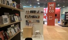We designed this stand as a series of modules for each publisher to display their books. Exhibition Stands, Trade Show, Exhibitions, Display, Books, Design, Floor Space, Libros, Billboard