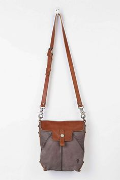 Frye Tracy Leather Crossbody Bag - Urban Outfitters