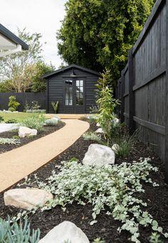 Backyard Studio, Backyard Patio, Backyard Landscaping, Diy Patio, Backyard Projects, Landscaping Ideas, Backyard Ideas, Back Gardens, Outdoor Gardens