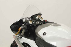 Used 2009 Yamaha YZF-R6 Motorcycles For Sale in Florida,FL. 2009 Yamaha YZF-R6, FENDER ELIMANTOR!!!<br> <br> RED SEATS!!!<br> <br> UPGRADED EXHAUST!!!<br> <br> UPGRADED LEVERS!!! <br /> <br /> 2009 Yamaha YZF-R6 Key Features: <p> Light, powerful and bristling with knowledge gained from years of racing, the YZF R6 is the most advanced production 600cc motorcycle Yamaha - or anybody else - has ever built.</p><p> The YZF-R6 was the first production motorcycle with a fly-by-wire throttle system…