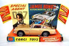 Vintage Corgi 261 007 James Bond Aston Martin DB5 Diecast Car 1965 UK Toy