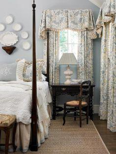 Ideas For Home Bedroom Decor Window Treatments Bedroom Desk, Home Bedroom, Master Bedroom, French Country Bedrooms, Traditional Bedroom, Teen Girl Bedrooms, Beautiful Bedrooms, Window Treatments, Boudoir