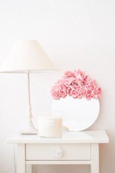 Espejo flores diy : via La Chimenea de las Hadas