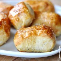 Chewy Pretzel Bites Appetizer Recipes, Snack Recipes, Cooking Recipes, Appetizers, Bread Recipes, Yummy Recipes, Appetizer Ideas, Fast Recipes, Savory Snacks