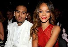 19-Apr-2013 11:44 - RIHANNA MOGELIJK ZWANGER VAN CHRIS BROWN. Volgens meerdere geruchten zou Rihanna (25) zwanger zijn van haar vriend Chris Brown (23).  De R Diva zei deze week een (alweer) een concert van haar Diamonds World Tour af en gaf daarbij als officiële reden op dat ze ziek is. De zangeres bezocht meerdere malen een dokter in L.A en werd daarbij gespot in ruimvallende kleding. Dit voedt de speculaties over een mogelijke zwangerschap. Ingewijden ontkennen de geruchten, tegen...
