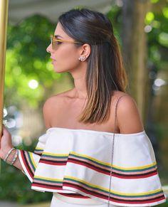 Pq eu amo decote ombro a ombro e não canso de usar  Apaixonada por essa blusa @skazioficial  #ootd #details