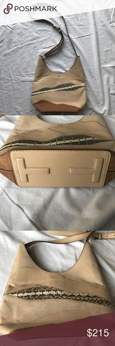 Tory Burtch NWOT landscape patchwork small hobo This is such a unique and cute small bag!!! New without tags, I never used! There is no dust bag. 💕 Tory Burch Bags Crossbody Bags
