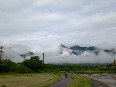 菰野町大羽根园地区「早朝、鈴鹿山脈に雲海」平成25年5月20日撮影