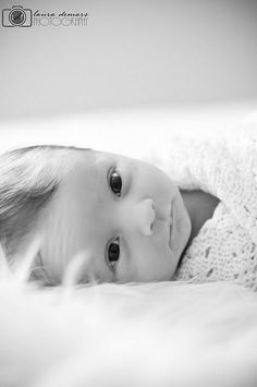Newborn simplicity...the kind of photo I would want for my baby