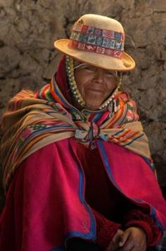 Moda India, Peruvian Art, Bolivia Travel, Lake Titicaca, Ethnic Dress, Native American Tribes, People Of The World, Interesting Faces, First World