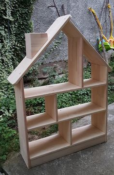 Items similar to Bookcase House Shaped / Bookshelf kids / Wooden handmade / Montessori / Kids room on Etsy Kids Room Bookshelves, Kidsroom, Kids Bedroom, Projects To Try, Nursery, Shapes, Handmade Gifts, Building, House