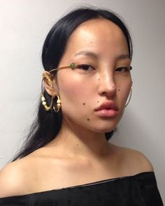 ˗ˏˋ I s a b e l l a ˊˎ˗ Pretty People, Beautiful People, Fashion Art, Fashion Jewelry, Markova, Unique Faces, Model Face, Beauty Shots, Interesting Faces