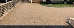 Resin Bound Driveways are mixed of natural aggregate, marble or recycled glass (stone) and clear resin. Book your free survey today or call 0800 1700 636 Driveway Entrance Landscaping, Driveway Paving, Resin Bound Driveways, Resin Driveway, Resin Bond, Chicken Bites, Clear Resin, Recycled Glass, Hampshire