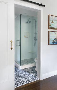 Minimalist Interior Design - Minimalist Home Decor - Bathroom Interior Design, Decor Interior Design, Interior Decorating, Bathroom Designs, Minimalist Home Decor, Minimalist Bathroom, Bathroom Kids, Small Bathroom, Master Bathroom