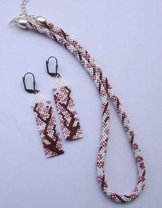 Sakura  Peyote és horgolás 11/0 delicával / Peyote and crochet with 11/0 delica beads