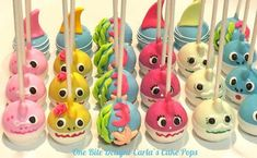 Cake Pops Under the Sea . Cake Pops Under the Sea . Under the Sea Water Cake Pops Decoration Photo, Decoration Shabby, Shark Birthday Cakes, 2nd Birthday Parties, Baby Birthday, Birthday Cake Pops, Birthday Table, Birthday Ideas, Shark Cake Pops