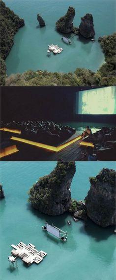 바다 위의 영화관