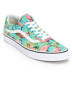Improve your outfits with a modern twist on a retro classic with a turquoise flamingo canvas print with a vulcanized outsole for flex and the classic Vans waffle tread for grip.