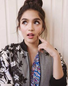 Cute girls from all aroud the world, cute girls pictures. Filipina Actress, Filipina Beauty, Cute Girl Pic, Cute Girls, Girl Pictures, Girl Photos, Shot Hair Styles, Asian Bride, Stylish Girls Photos
