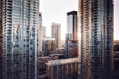 Although factors such as the locality of the condo, its interiors, local transportation, and available amenities play a crucial role, the down payment is a vital aspect. Luxury Condo, Luxury Apartments, Condo Insurance, Personal Insurance, Buying A Condo, Toronto Photos, Toronto Skyline, Down Payment, New Condo