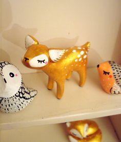 """Totem de poche """"Ma bichette"""" dorée oMamaWolf figurine en porcelaine froide"""