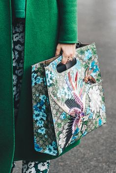 These Gorgeous Street Style Images Left Us Speechless - Gucci tote - Ideas of Gucci Tote - These Gorgeous Street Style Images Left Us Speechless via Who What Wear Ethno Style, Fashion Bags, Womens Fashion, Fashion Handbags, Fashion Ideas, Beautiful Bags, Beautiful Artwork, Street Fashion, Paris Fashion