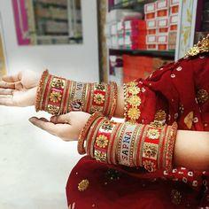 Silk Bangles, Bridal Bangles, Wedding Chura, Henna Designs Feet, Bridal Chuda, Handmade Gifts For Friends, Indian Bridal Jewelry Sets, Ankle Jewelry, Gold Bangles Design