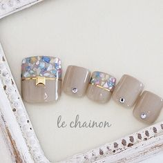 You don't need to choose the same nail art patterns over and over again. Pedicure Designs, Pedicure Nail Art, Toe Nail Designs, Toe Nail Art, Pretty Toe Nails, Cute Toe Nails, Love Nails, Feet Nail Design, Feet Nails