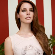 """Lana Del Ray Ditches Harvey Weinstein Inspired Track """"Cola"""" From Her Upcoming Tour Lana Del Ray, World Most Beautiful Woman, Beautiful People, Simply Beautiful, Versace, Elizabeth Grant, Queen Elizabeth, Womens Wigs, Synthetic Hair"""