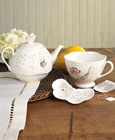 """Lenox \""""Butterfly Meadow\"""" Stackable Tea Set with Bag Holder"""