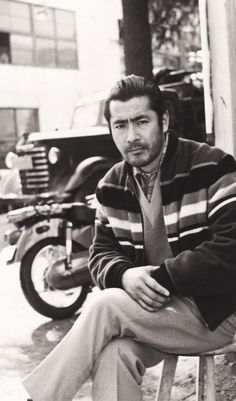 Toshiro Mifune, best known for his multiple roles in the films of Akira Kurosawa, was born on this day in He was initially considered for the role of Obi Wan Kenobi in Star Wars but Mifune turned down director George Lucas' offer. Toshiro Mifune, Japanese Film, Japanese Men, Japanese Artists, Japanese Culture, Geisha, Annie, Musashi, Art Reference Poses