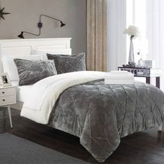 Chapelle Large Scale Paisley Reversible Embroidered Bed-in-A-Bag Quilt Set - Blue Luxury Comforter Sets, Grey Comforter Sets, Twin Xl Comforter, Cheap Bedding Sets, Bedding Sets Online, Queen Bedding Sets, Queen Comforter Sets, Kohls Bedding, Navy Bedding