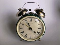 Soviet alarm clock Jantar 4 jewels - with bells - made in USSR 70s - working condition