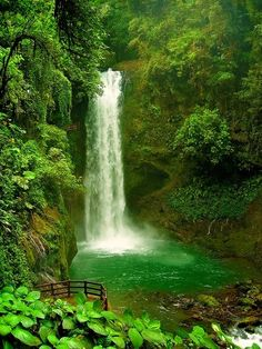 La Paz Waterfall,Costa Rica