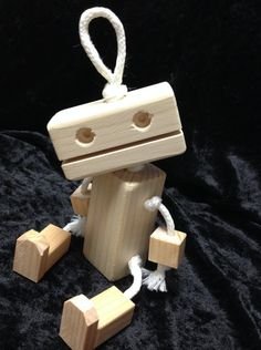 Wooden Robot by KimKraftKorner on Etsy Woodworking For Kids, Woodworking Projects, Recycled Robot, Wooden Man, Pallet Creations, Kids Wood, Wooden Dolls, Wooden Crafts, Wood Toys