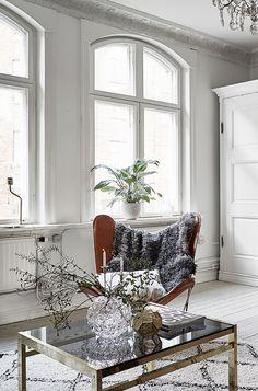 Bright home with a hidden bedroom - via Coco Lapine Design