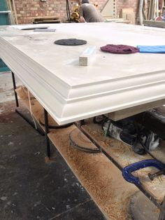 Corian® worktop edge detail, perfect for traditional kitchens. Fabricated by Counter Production