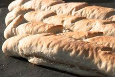 Baguetter - chezENGH Baguette, Bread, Food, Meals, Breads, Bakeries, Yemek, Patisserie, Eten