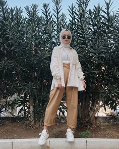 Hijab Fashion Summer, Modest Fashion Hijab, Street Hijab Fashion, Casual Hijab Outfit, Hijab Chic, Muslim Fashion, Korean Fashion, Fashion Outfits, Fashion 2018