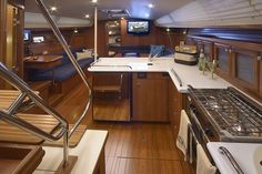 http://marlow-hunter.com/large-keelboats-40-50-feet/the-40-a-new-level-of-design-performance-and-luxury/