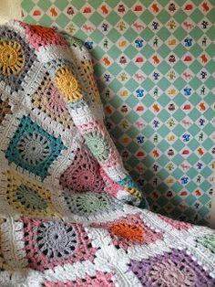 Gem (H) aakt door Marijtje: Gehaakte deken