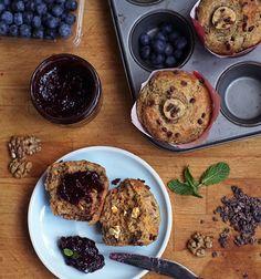 Banánový chlebíček (muffiny či bábovka, těsto je pořád stejné) byla jedna z prvních (vegan) věcí, kt   Veganotic