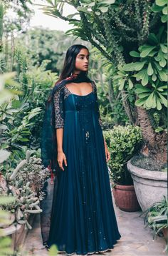Mallie 17 - Price on Request – Studio Party Wear Indian Dresses, Dress Indian Style, Indian Gowns, Indian Wedding Outfits, Indian Attire, Pakistani Dresses, Indian Outfits, Pakistani Clothing, Abaya Style