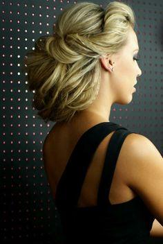 pretty hair <3 :) !