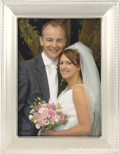 Beautiful chestnut tones will surround your photo with this Estero Chestnut Brown Picture Frame. Come see our brown picture frames online now. Bamboo Picture Frames, Brown Picture Frames, Picture Frames Online, Wedding Picture Frames, Picture On Wood, Wedding Pictures, Beads Pictures, Picture Sizes, Silver Beads