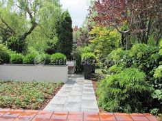 Sidewalk, Garden Modern, Side Walkway, Modern Gardens, Walkway, Walkways, Pavement
