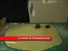 Video #ricetta dei #cacionetti, dolci tipici abruzzesi, così come li prepara la nostra Rita… buon appetito e buone feste! #Abruzzo #Italy #video #recipe #christmas #cake